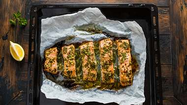 Lachs aus dem Ofen - Foto: iStock / Magrig