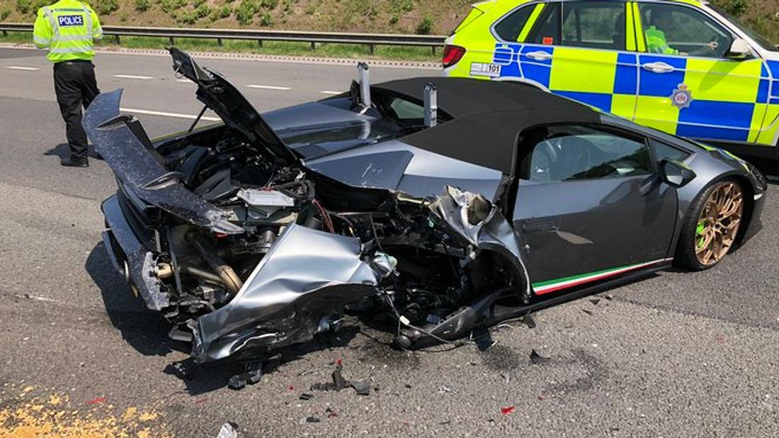 Lamborghini zu Schrott gefahren