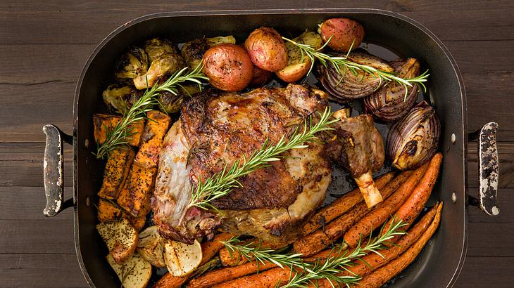 Lammkeule-Rezept für den Ofen nach Tim Mälzer