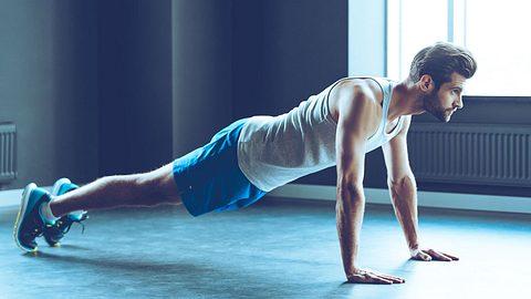 Rückentraining für Zuhause: Die besten Übungen ohne Geräte