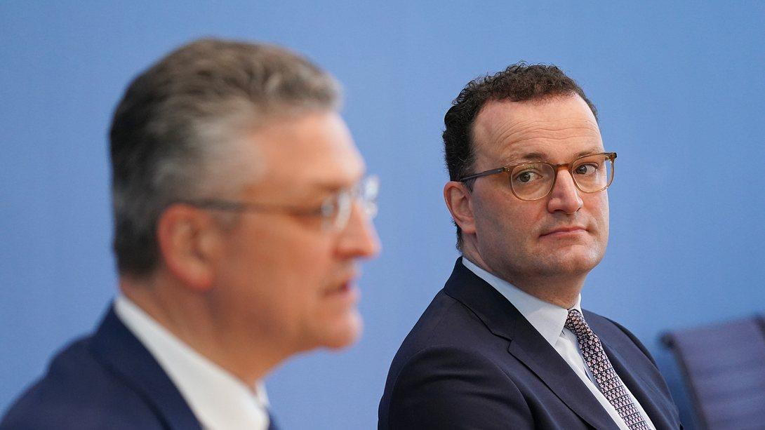 Lothar Wieler und Jens Spahn - Foto: Getty Images / Sean Gallup