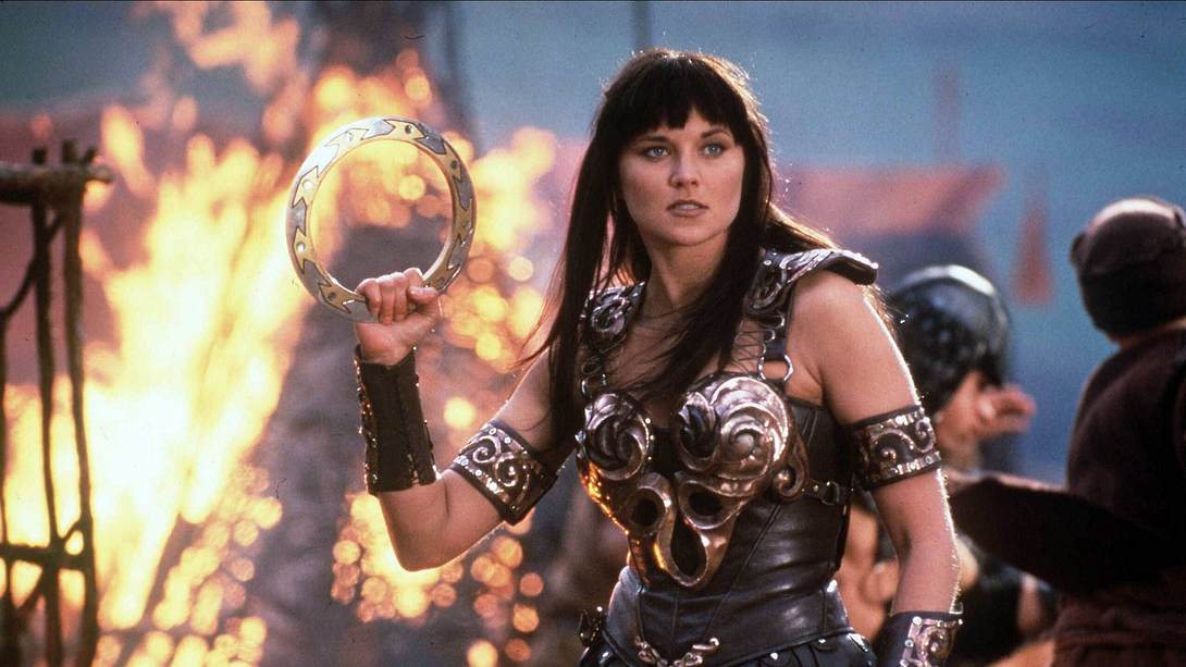 Lucy Lawless als Kriegerprinzessin Xena - Foto: imago images / Mary Evans