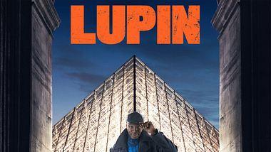 Assane Diop vor der Pyramide des Louvre - Foto: Netflix