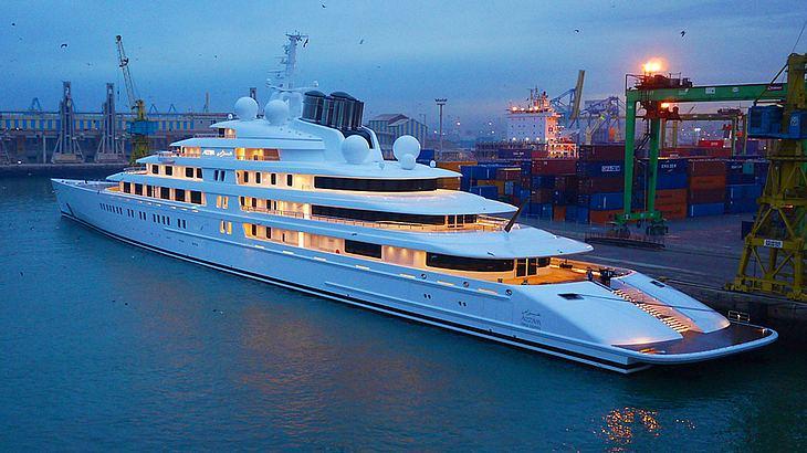 Luxusyacht Azzam