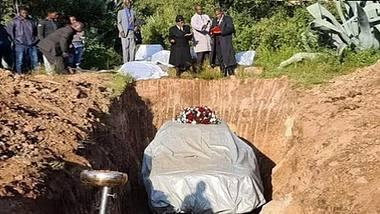 Politiker nimmt sein Auto mit ins Grab