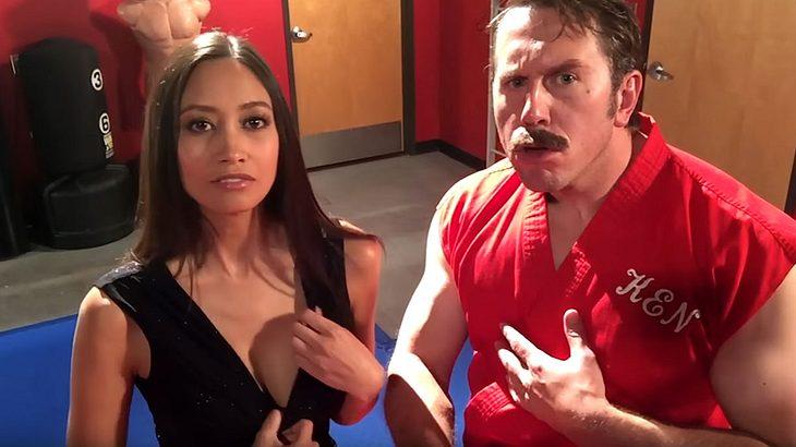 Master Ken zeigt Michelle Waterson die tödliche Selfie-Defense