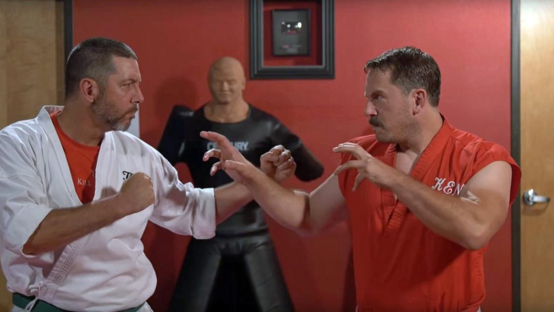Master Ken feuert 100 Schläge pro Sekunde ab