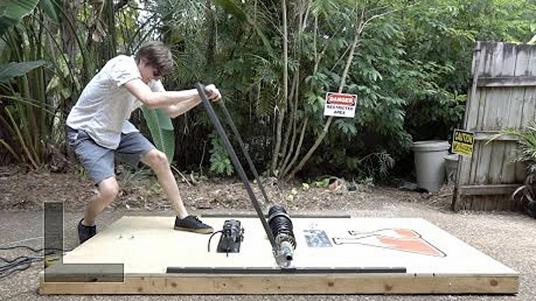 XXL-Mausefalle: TheBackyardScientist zerstört Dinge