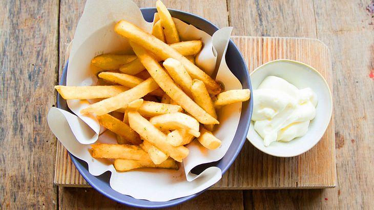 So easy machst du Knoblauch Mayo