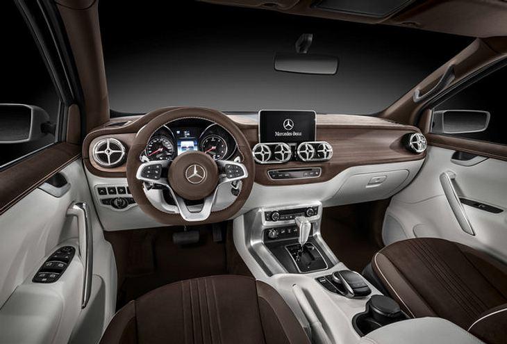 Die Mercedes-Benz X-Class von innen