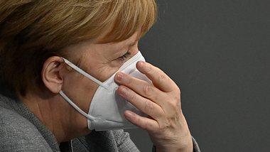 Angela Merkel - Foto: GettyImages/JOHN MACDOUGALL