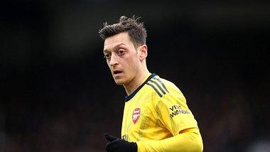 Multimillionär Mesut Özil lehnt Gehaltsverzicht ab