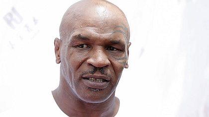 Mike Tyson glaubt nicht an einen Sieg von Conor McGregor gegen Floyd Maywather - Foto: Lintao Zhang/Getty Images