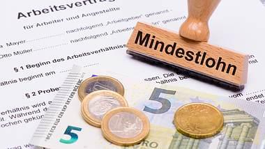 Mindestlohn: Wie Arbeitgeber tricksen, um ihn nicht zu zahlen - Foto: iStock / filmfoto