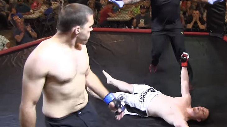 MMA-Fighter Jordan Fowler knockt seinen Gegner Dylan Goforth nach 4 Sekunden aus