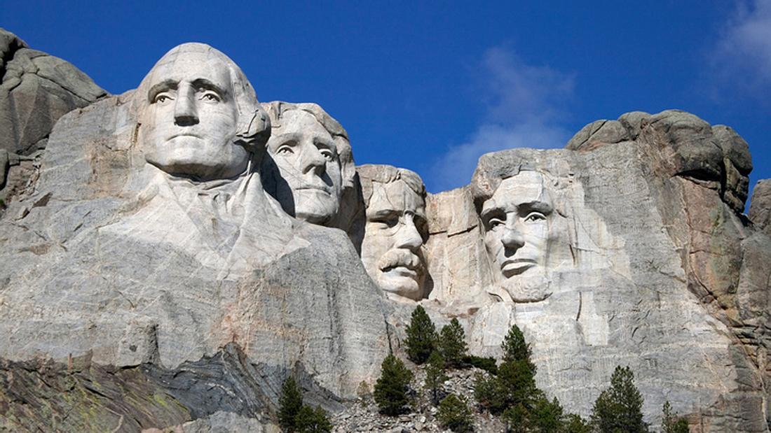 Mount Rushmore: die in Granit gemeiselten US-Präsidenten minus Trump