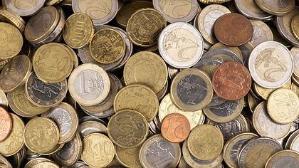 Euro-Münzen - Foto: iStock / omersukrugoksu