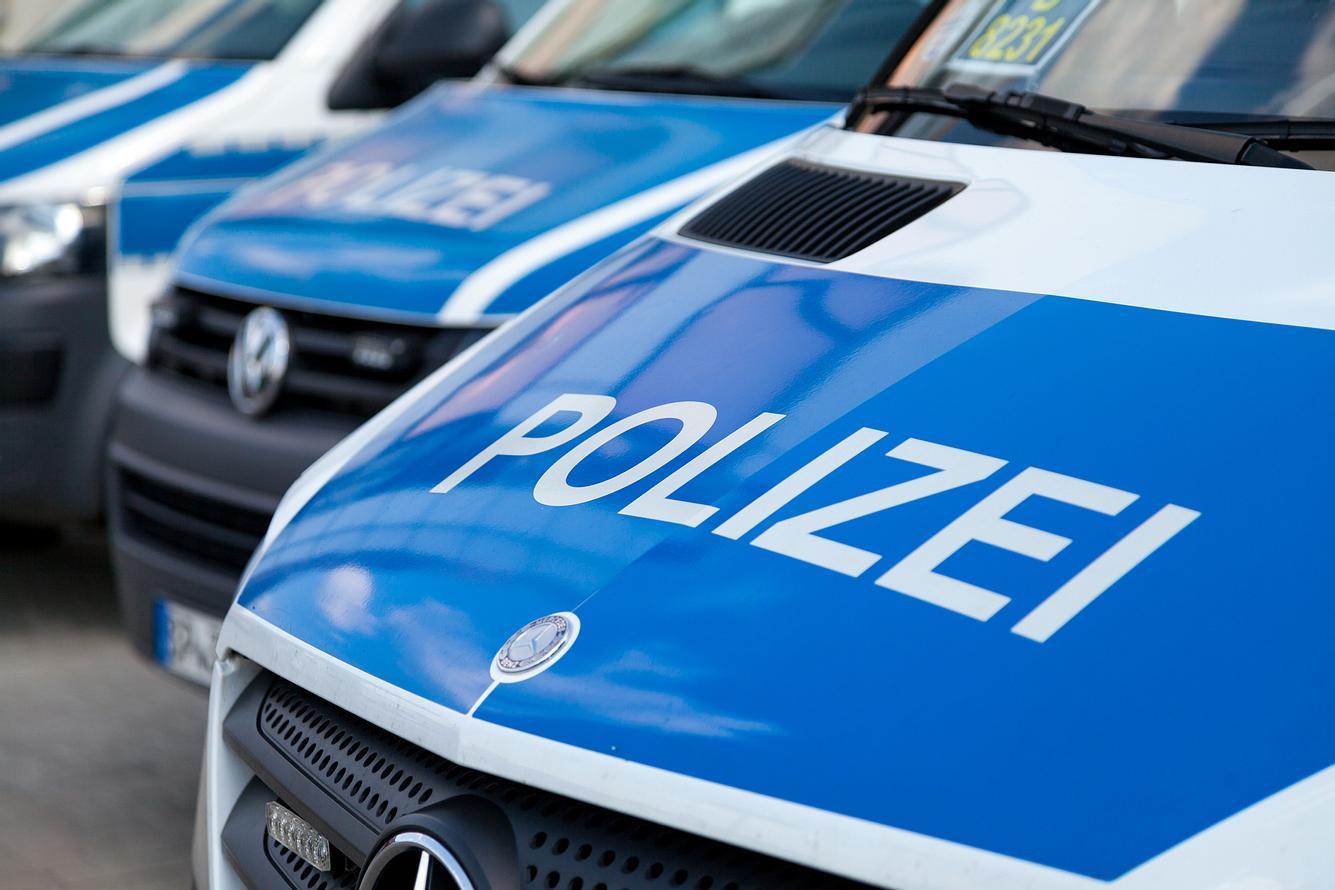 Mehrere Polizeiwagen
