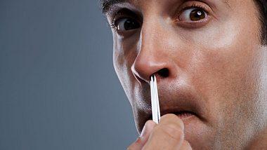 Nasenhaare entfernen: So gehts richtig