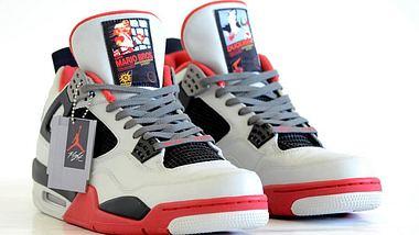 Nerdalarm: Diese Air Jordans huldigen dem NES Classic