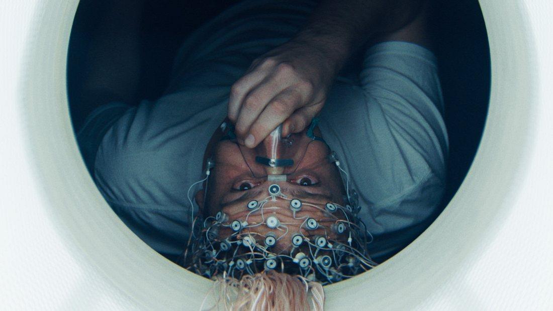 "Jason Segel in Netflix' ""The Discovery"""
