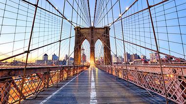 Die Brooklyn Bridge in New York City - Foto: istock / TomasSereda