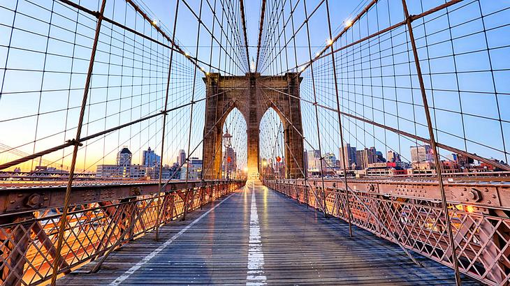 Die Brooklyn Bridge in New York City