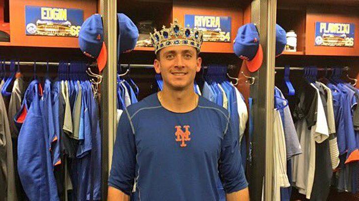 NY Mets posten Sieg-Foto ihres Spielers mit Riesen-Dildo