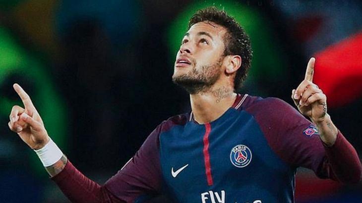 Neymar: So viel Counter Strike zockt der Fußballstar