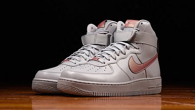 Nike Air Force 1 High: Neue Pure Platinum-Edition