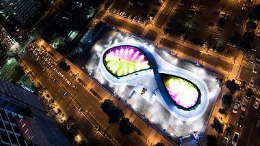 Nike Unlimited Stadion: Die erste LED-Laufstrecke der Welt