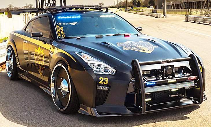 Nissan GT-R Pursuit 23: Der futuristische Polizeiwagen wurde auf der New York Auto Show 2017 vorgestellt