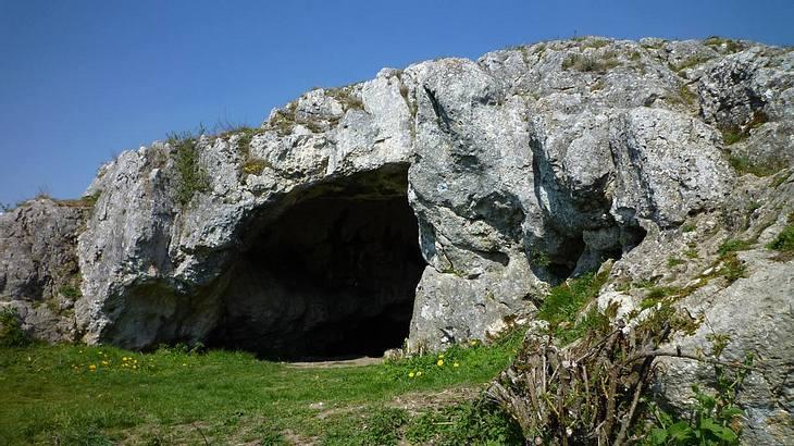 Ofnethöhlen am Rande der Schwäbischen Alb