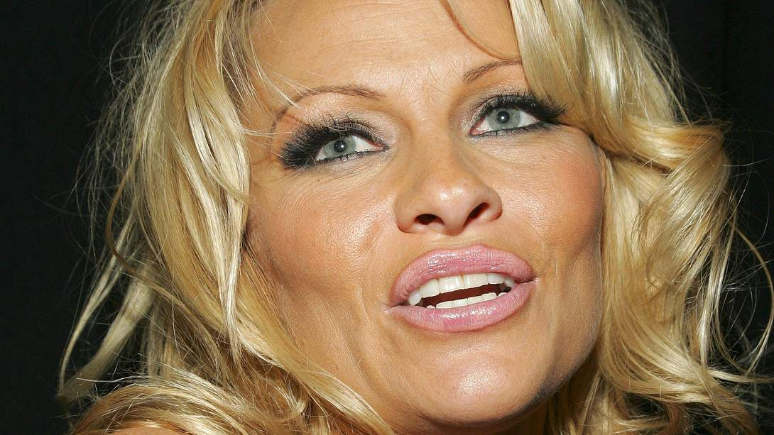 Pamela Anderson: Sex-Appeal trotz CoVid