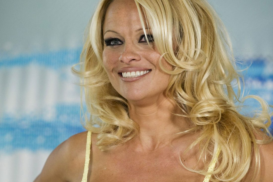 pam anderson nackt