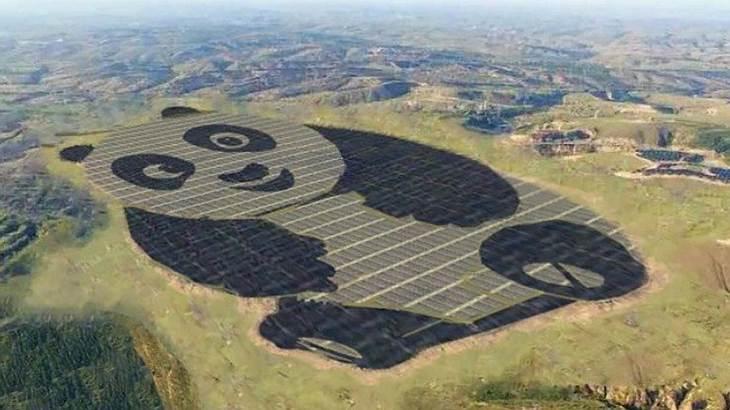 Ein Solarkraftwerk, das aussieht wie ein Panda