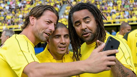 Roman Weidenfeller, Mohammed Zidan und Patrick Owomoyela. - Foto: Getty Images/Thomas Lohnes