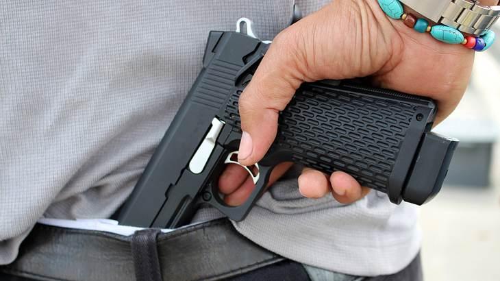 Eine Pistole soll überall verdeckt getragen werden können