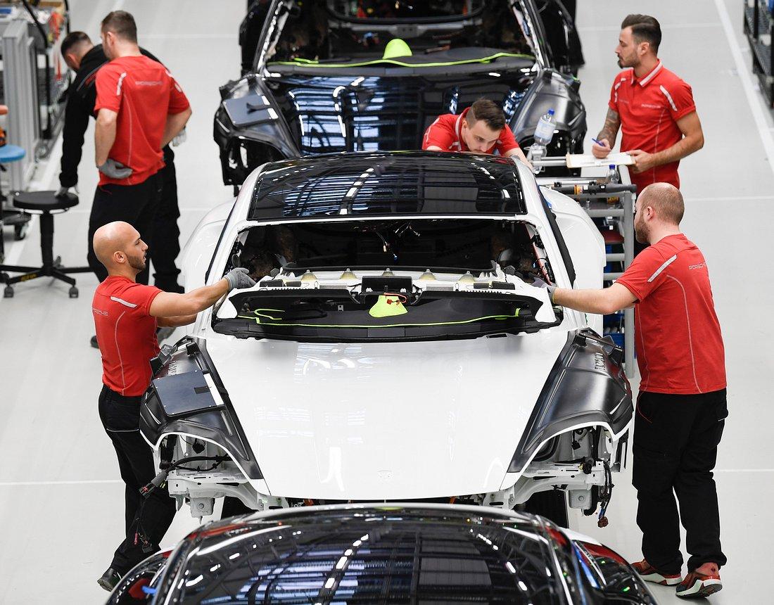Porsche-Mitarbeiter