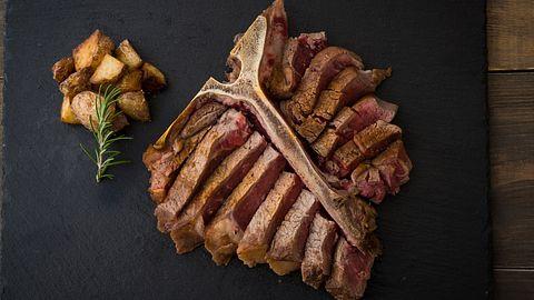 Porterhouse-Steak - Foto: iStock / ahirao_photo