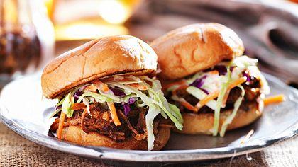 Pulled Pork Burger einfach selber machen - Foto: iStock/rez-art