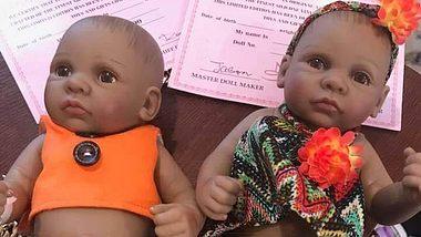 Vater kauft Puppen für seine Tochter – und ist schockiert