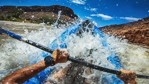 Rafting mit Kajak - Foto: iStock / piola666