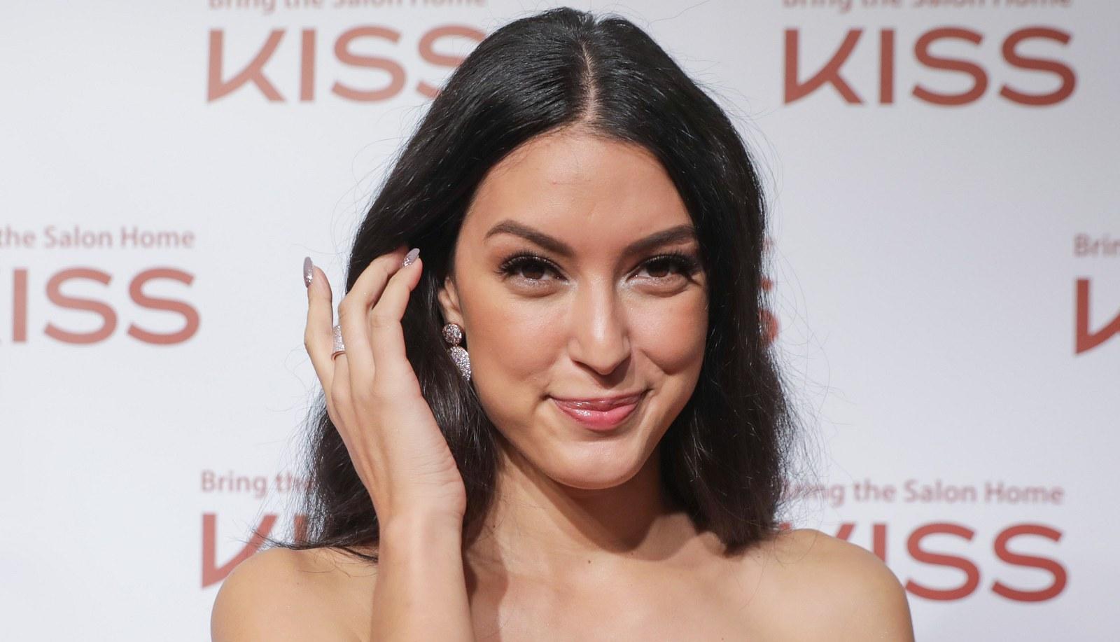 Ex-GNTM-Kandidatin Rebecca Mir postet sexy Foto - Fans flippen aus!