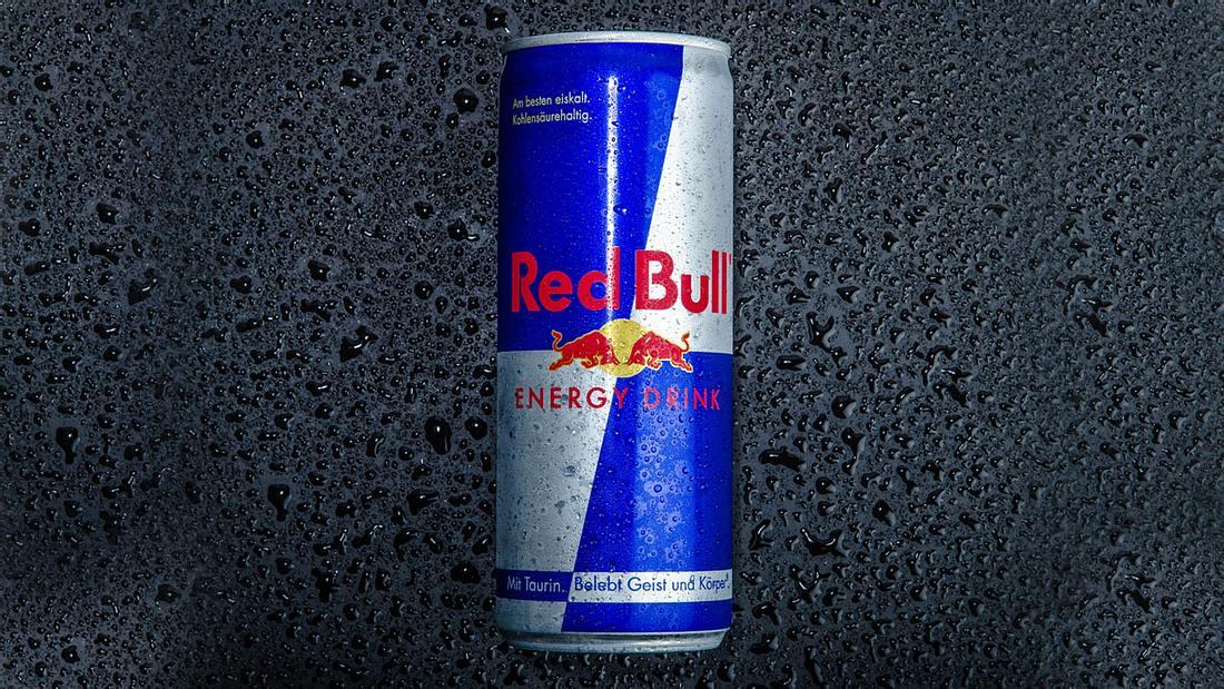 Eine Dose Red Bull