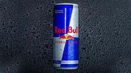 Eine Dose Red Bull - Foto: iStock