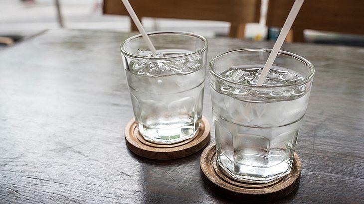 EU: Leitungswasser soll in Restaurants bald kostenlos sein (Symbolfoto).