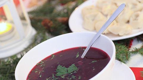 Rote-Bete-Suppe-Rezept: So einfach gehts - Foto: iStock / Foremniakowski