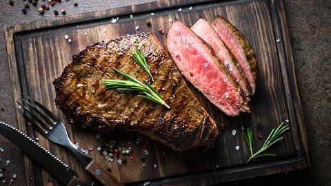 Das Rumpsteak: Steak-Klassiker mit vielen Namen - Foto: istock / Nadianb