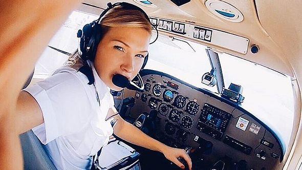Michelle Gooris: die schärfste Pilotin der Welt